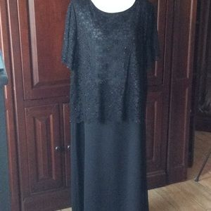 Cato Woman Black beaded formal size 18W